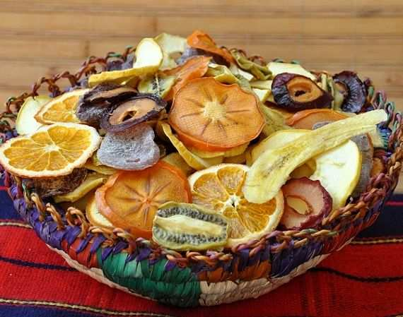image آیا میوه های خشک شده بازار بهداشتی و مفید هستند