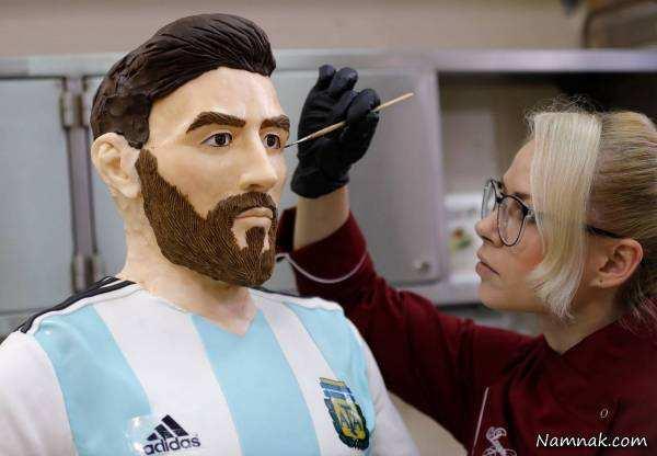 image ساخت مجسمه شکلاتی فوتبالیست معروف لیونل مسی