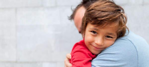 image چطور مهر خود را نسبت به فرزند خود نشان دهید