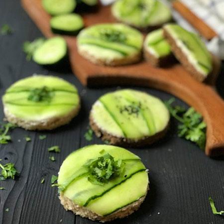 image آموزش درست کردن فینگرفود عصرانه خیار و پنیر