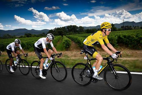 image عکس حرفه ای از مسابقات دوچرخه سواری تور دوفرانس