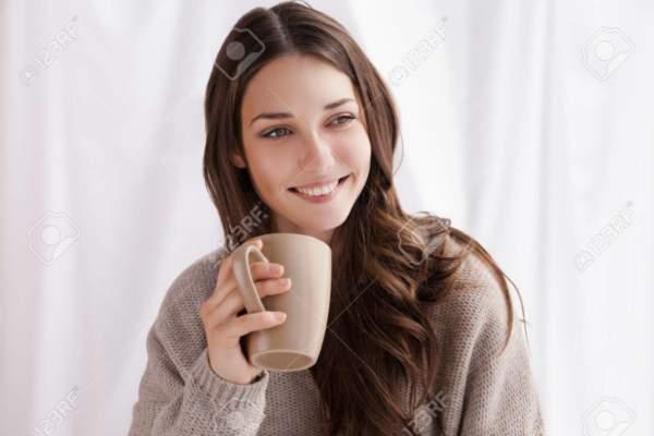 image سیاهی دور چشم خود را با قهوه نابود کنید