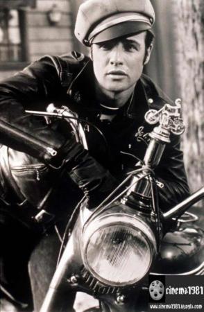 image همه چیز درباره مارلون براندو معروف ترین بازیگر جهان
