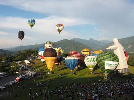 عکس, تصویری دیدنی از جشنواره بالن ها در تایوان