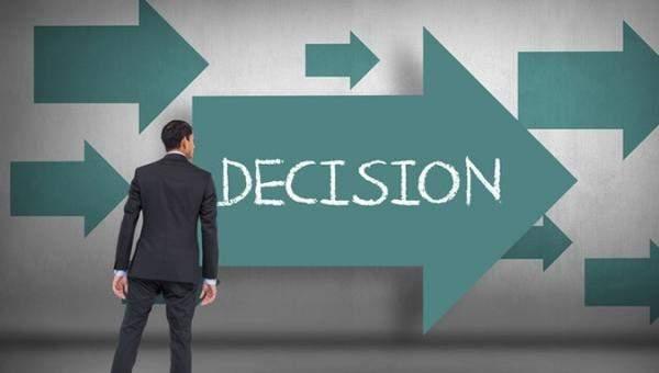 image چطور در زندگی بهتر تصمیم گیری کنید