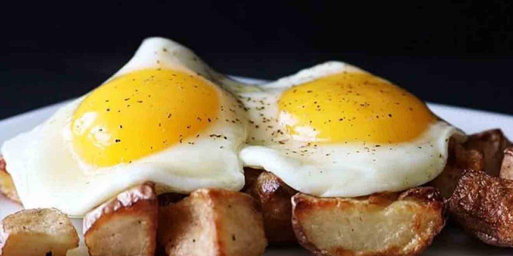 image با خوردن این خوراکیها موهایی شاداب و پرپشت خواهید داشت