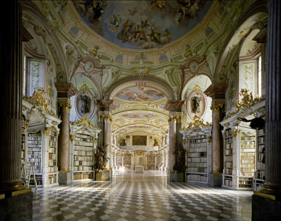 image عکس های دیدنی از زیباترین کتابخانه های قدیمی جهان