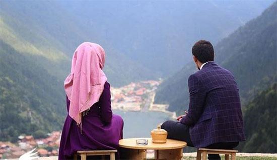 عکس, علت ازدواج یک مرد با زن بزرگتر از خودش چیست