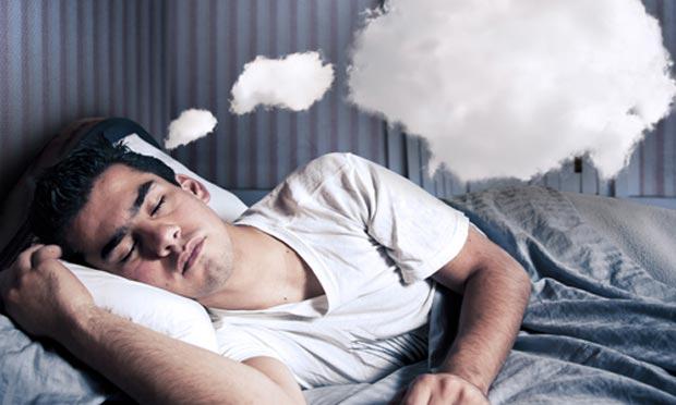 image علت اینکه شب خواب های بد میبینید چیست
