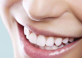 image راهکار مفید سفید کردن دندان ها بدون هزینه اضافی در خانه