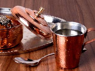 image اثرات جالب خوردن و نوشیدن در ظروف مسی