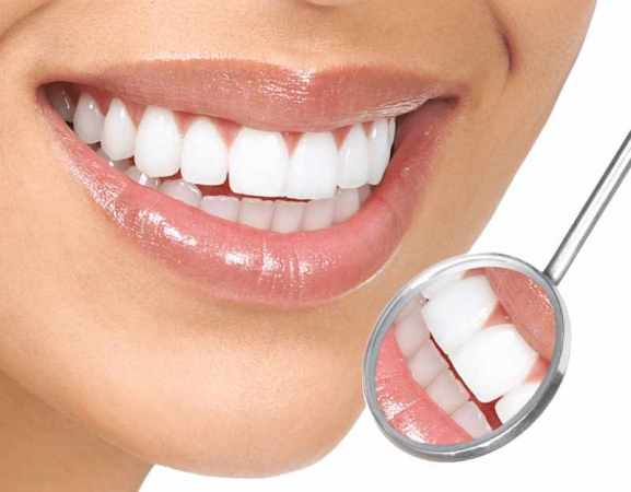 image بدون هزینه دندان های خود را سفید و براق کنید