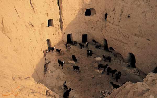 image گزارش تصویری و دیدنی از روستایی با خانه های زیرزمینی