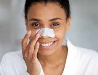 image بهترین ماسک خانگی برای درمان جوش سیاه بینی