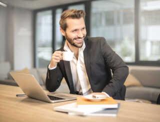 image چطور در محل کار خود کارمندی نمونه باشید
