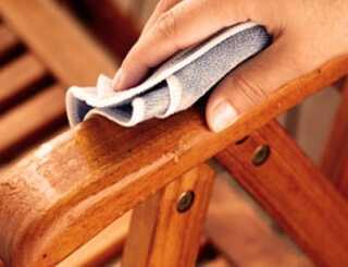 image راهکارهای مفید برای تمیز کردن مبل های چوبی
